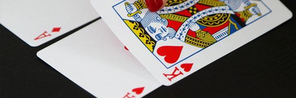 6 kasinokorttipeliä jotka käyttävät tekniikan ihmeitä Vegas kolmen kortin rommi - 6 kasinokorttipeliä, jotka käyttävät tekniikan ihmeitä